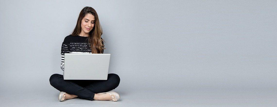 疲れずにパソコン長時間使用でブログの生産性を爆上げする方法【ブログ効率化】
